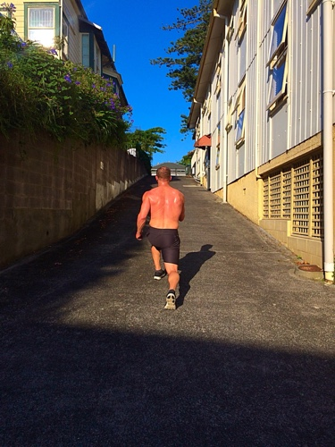 Left leg uphill lunge